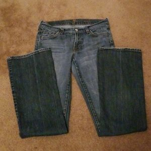 7 FAM boot cut Jean's